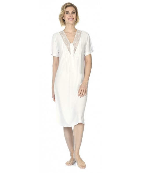 Classic nightdress with lace and  short sleeve