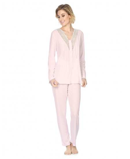 Classic pyjama set with lace